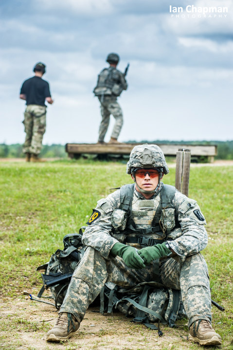 A US Army Ranger waits his turn on the rifle range, Fort Benning, Georgia, USA