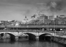 46233 CROSSING THE CLYDE GLASGOW