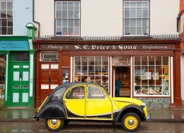 CITROEN CV PARKED OUTSIDE THE BAKERS AT LUDLOW