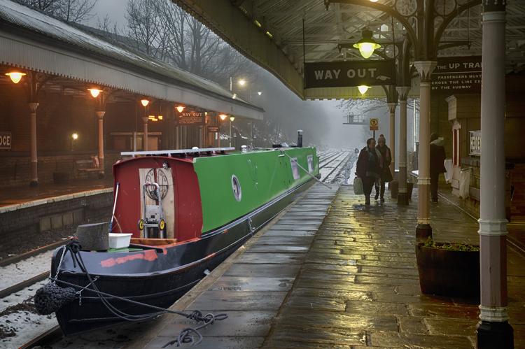 Narrow Boat at Station 2