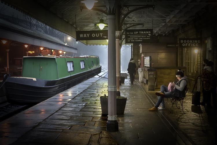 Narrow Boat at Station 3