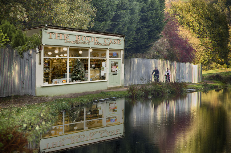 The Booksop on the Canal