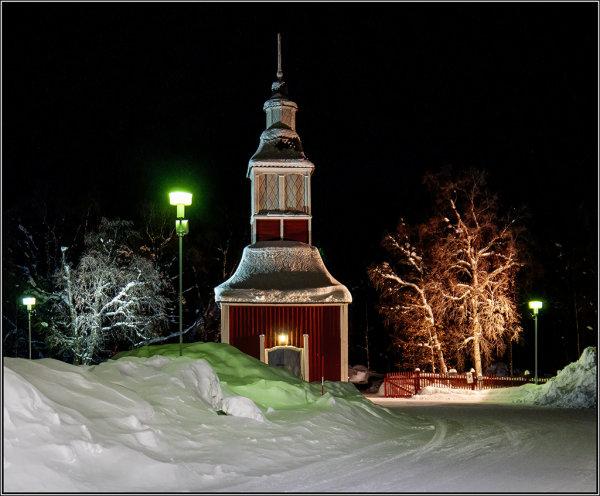 Jukksajarvi Bell tower at night