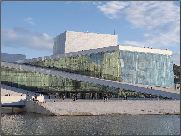 Opera house Oslo in colour