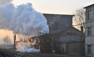 Moving off to back onto the empty coal wagons at 0740.