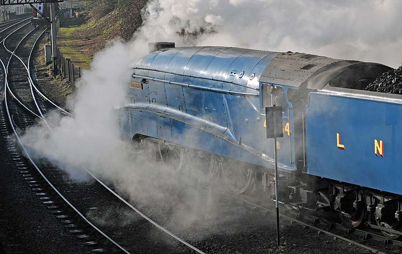 Leaving the shed at Bridgnorth.