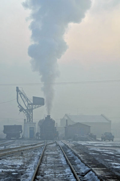Early morning at Nanchang stabling point.