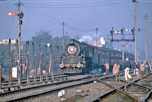WL 5005 near Delhi in January 1993
