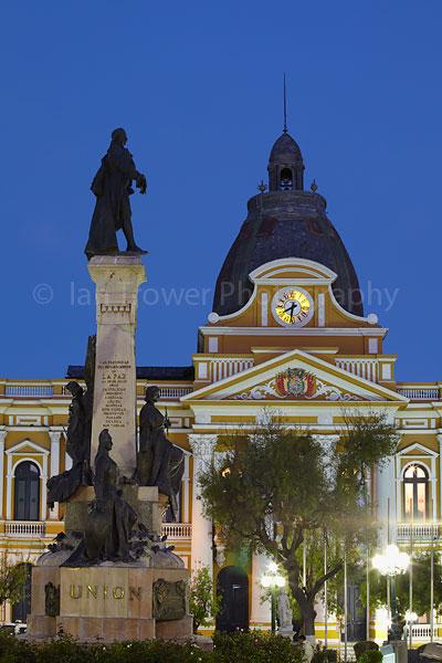 Plaza Pedro Murillo at dusk, La Paz
