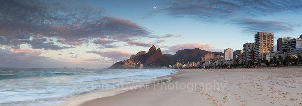 Ipanema beach at dawn, Rio de Janeiro