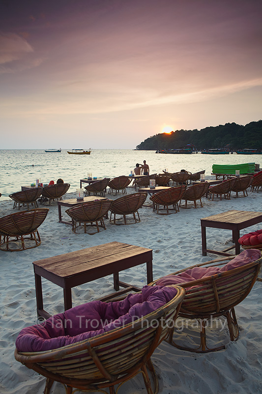 Ochheuteal Beach at sunset, Sihanoukville