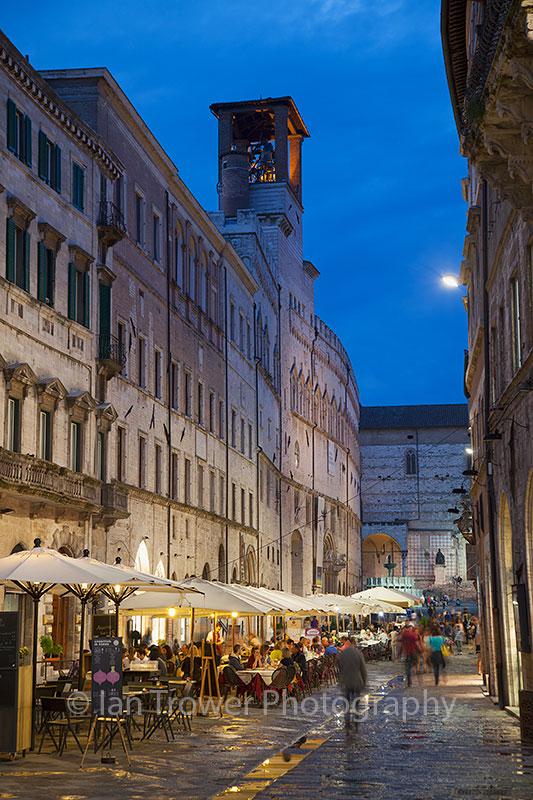 Corso Vannucci at dusk, Perugia