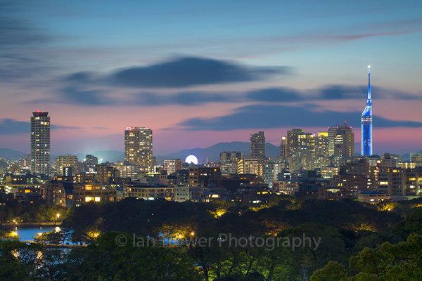 Fukuoka skyline at sunset, Fukuoka