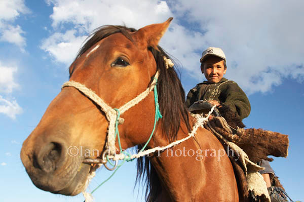 Horse And Boy, Song-Kul