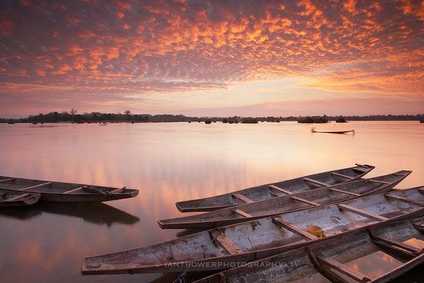 Mekong River at dawn, Si Phan Don, Laos