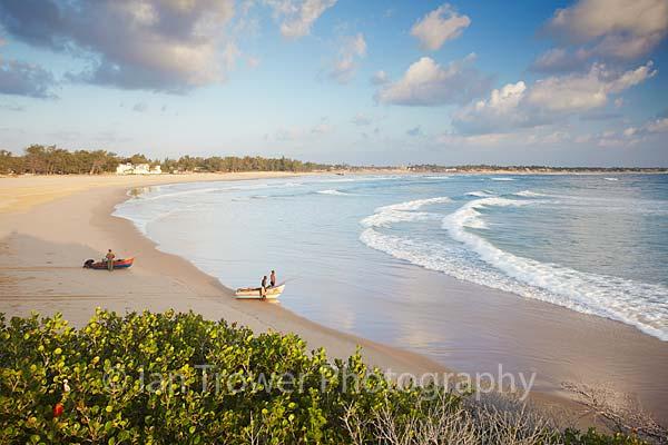 Fishermen opn Tofo beach at dawn