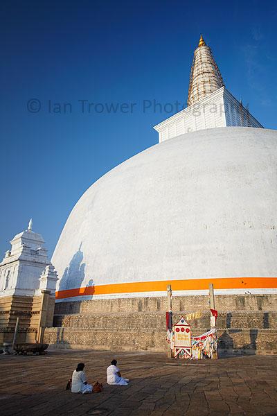Ruvanvalisaya, Anuradhapura