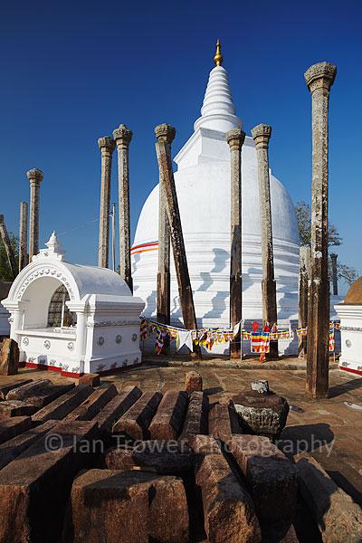 Thuparama temple, Anuradhapura