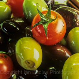 Olives and tomato