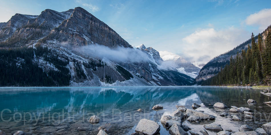 Canada, Banff National Park, Dawn on Lake Louise