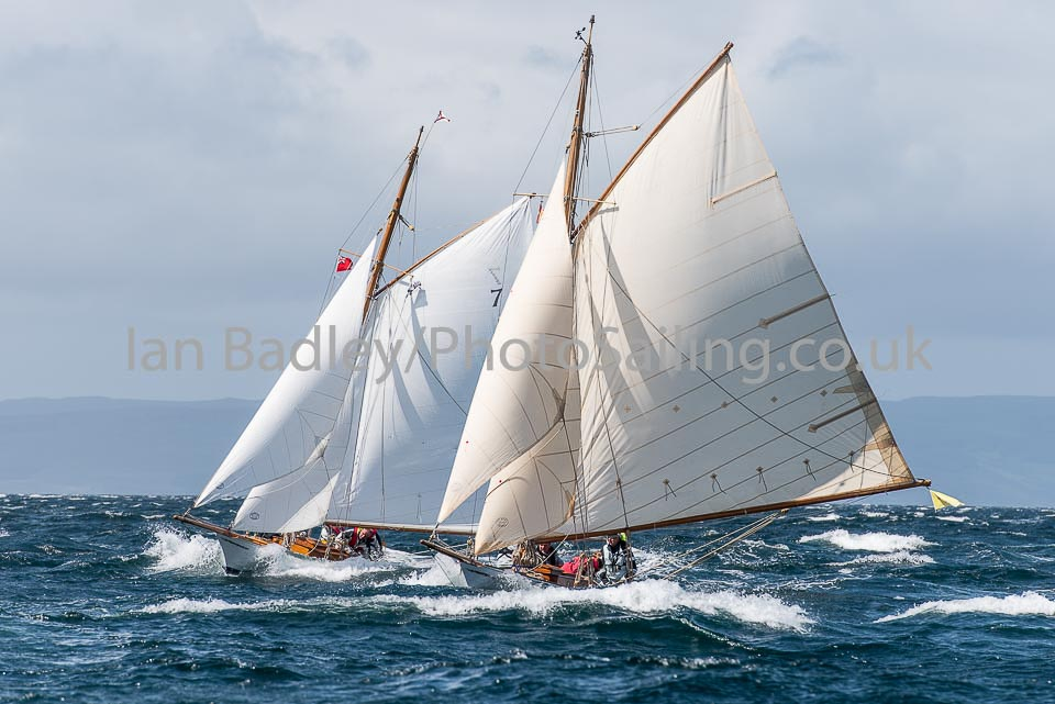 Duelling Fife yachts