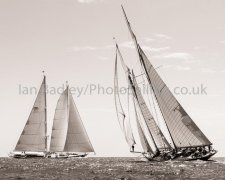 Classic boats on different tack