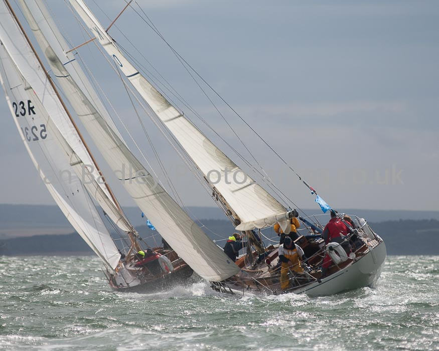 Classic yachts chasing