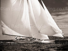 Full Sail off Saint Tropez - from £99