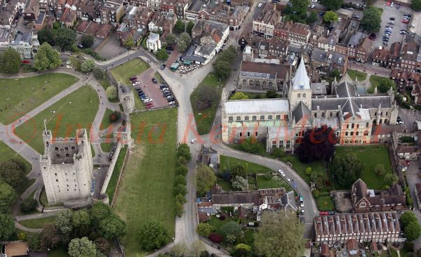 PIC SHOWS:-Aerial views of Rochester Castle and Cathedral.