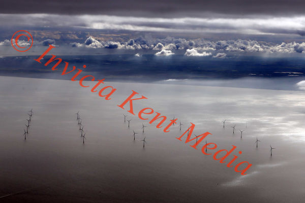 PIC SHOWS:- Kentish Flats windfarm just off Herne Bay, Kent