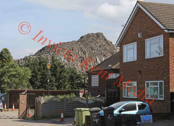 PICS SHOWS:- Pic of the Waste Recycling Centre in Sidcup Kent Near the A20