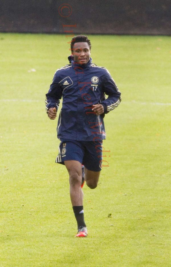PICS SHOWS;Chelsea training ground, John Obi Mikel trains