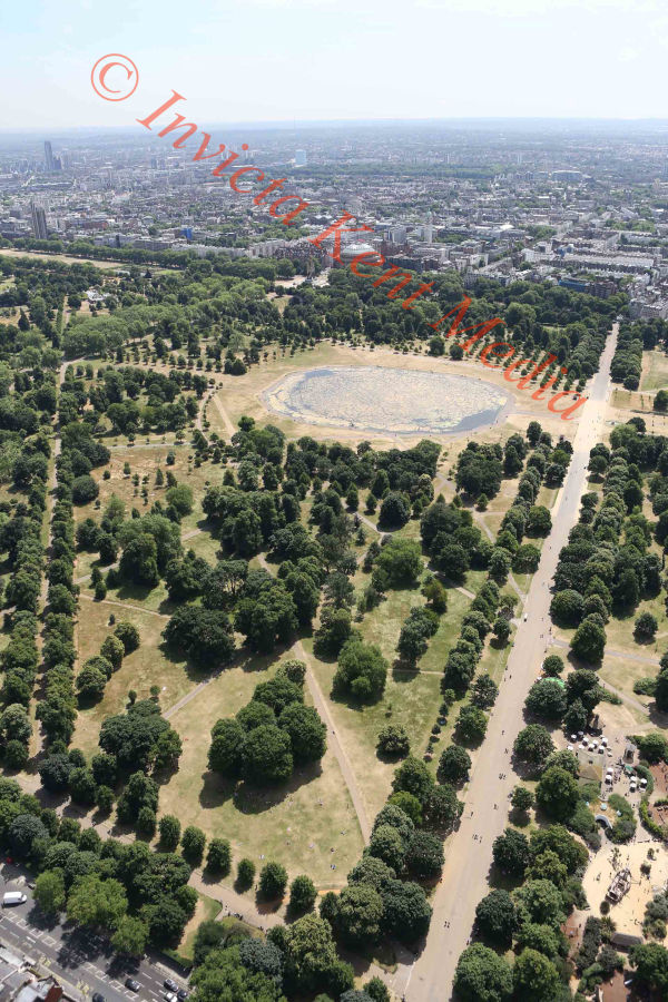 PIC SHOWS:- aerial pics of Kensington Gardens and pond