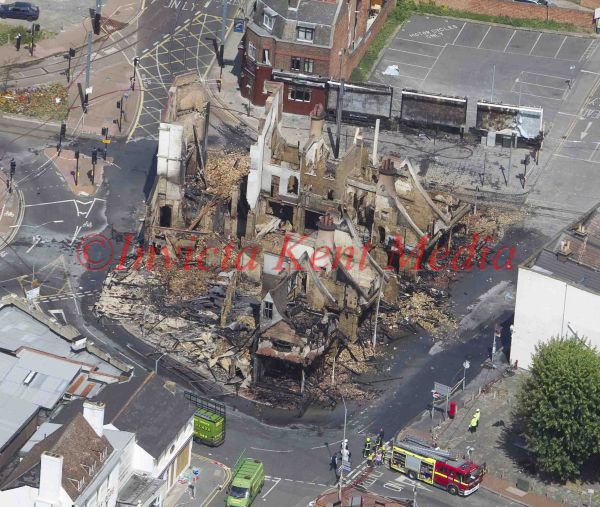 PICS SHOW;LONDON RIOT SITES.REEVES CORNER IN CROYDON