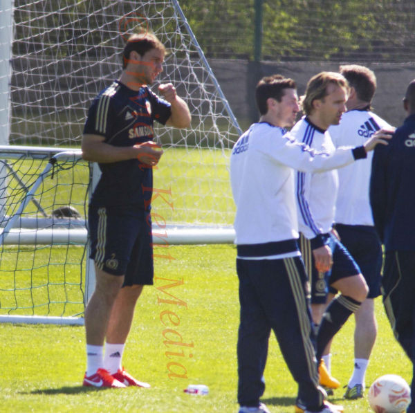 PICS SHOWS;Chelsea training today Tuesday 23/4/13 Branislev Ivanovic back in Training today after the Biting incident at Liverpool
