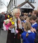 PICS SHOWS:- Charles and Camilla on A visit to Yalding Kent to speak to families who have been flooded