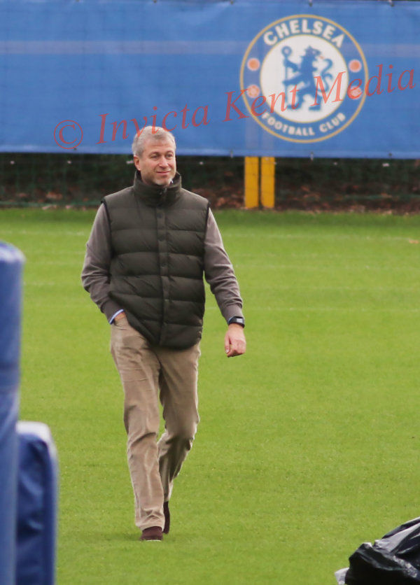 PICS SHOWS;Chelsea Training 18.12.15 at Cobham Training Ground in Surrey Players Training Being watched By The Owner Roman Abramovich.