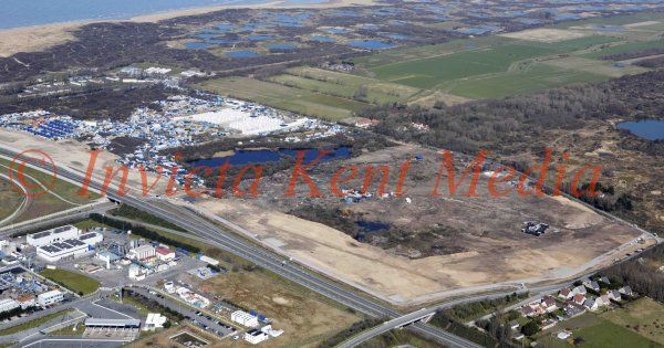 PICS SHOWS;Aerial View of the jungle in Calais Taken On 25/3/16 .
