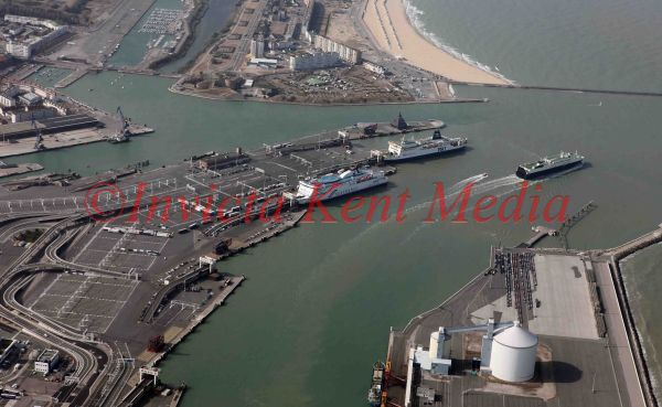 PIC SHOWS:- AERIAL VIEW OF CALAIS HARBOUR