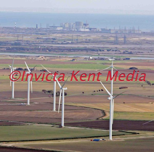 PIC SHOWS ;DIFFERENT WAYS OF ENERGY ;THE WIND FARM ON THE ROMNEY MARSH AND IN THE BACKGROUND IS THE DUNGENESS NUCLEAR POWER STATION