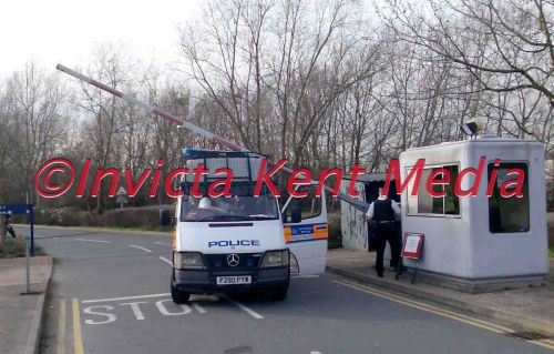 PIC SHOWS A POLICE VAN ESCORTING AN ARRESTED MAN TO THE POLICE STATION AT WOOLWICH CROWN COURT /BELMARSH ,WHEN IT WAS HIT BY THE SECURITY BARRIER; NO ONE WAS HURT IN THE INCIDENT