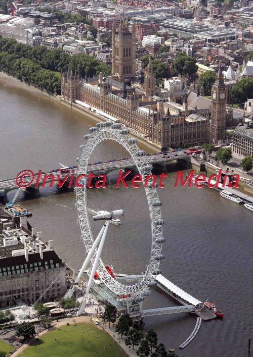 THE LONDON EYE AND THE HOUSES OF PARLIMENT
