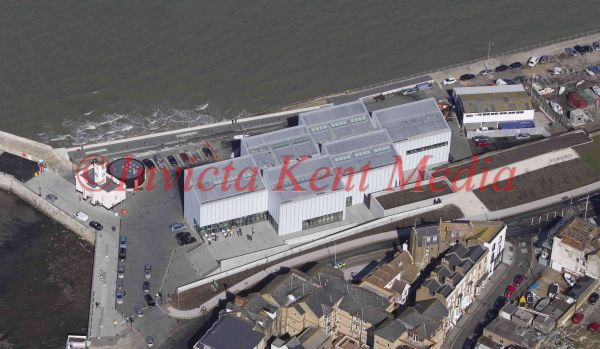 PIC SHOWS;aerials kent views. TURNER CONTEMPORARY GALLERY MARGATE