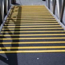 Alan Warren Yellow lines