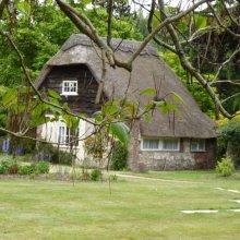 Les Cutbush Mo1 Morton Manor