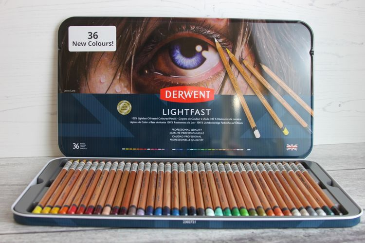 Derwent Lightfast Coloured Pencils set 2