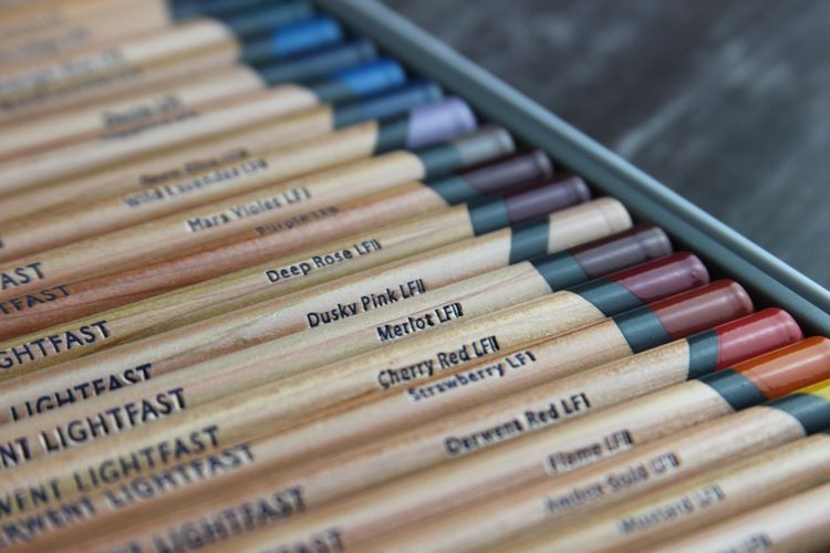 Derwent Lightfast coloured Pencils colour selection