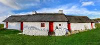 Bwthyn Porth Swtan/Church Bay cottage