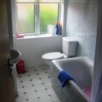 Bathroom in 5 Paget Street, Loughborough golden triangle four bed houses. Great student accommodation location to let to groups of 4.