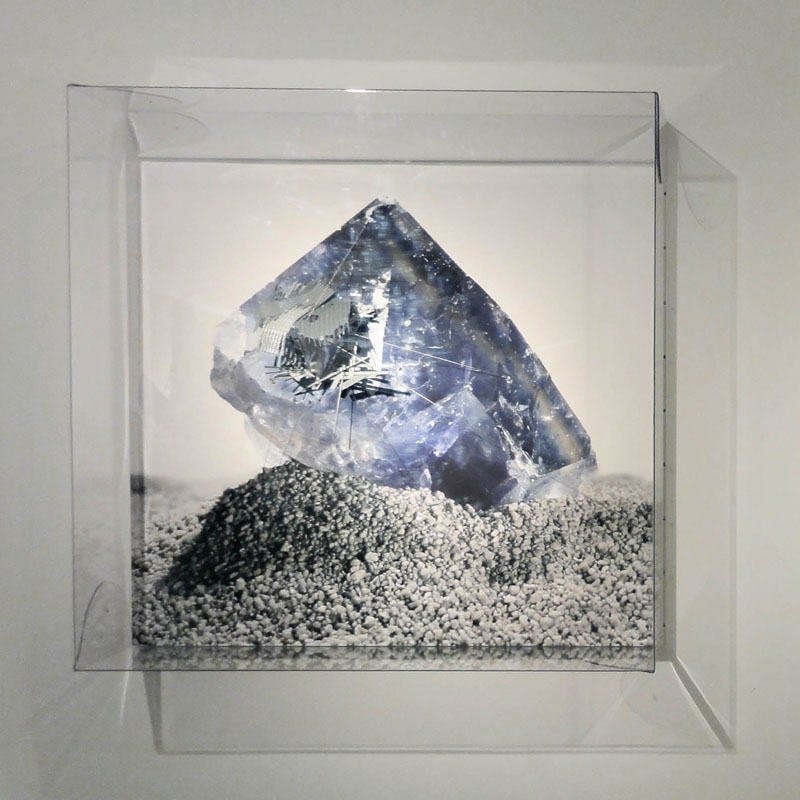 Radiances (Maroccan violet Fluorite decaying echoes), 2011